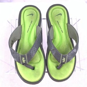Nike Women's Comfort Footbed Sandals Size 8